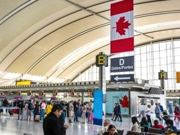 Первые шаги в Канаде
